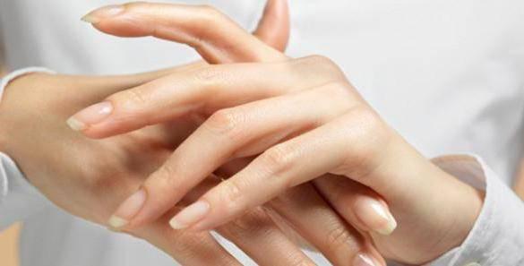 аллергия на холод на руках фото