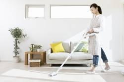 Уборка пылесосом для уменьшения риска развития аллергии