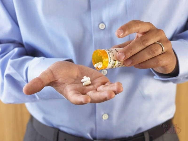 Основной метод лечения при контактном дерматите не прием лекарств, а избегание контакта с аллергеном