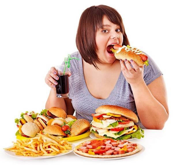 Неправильное питание может быть причиной аллергии на лице