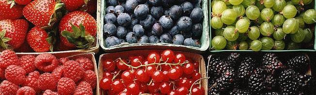 Полезные ягоды и фрукты