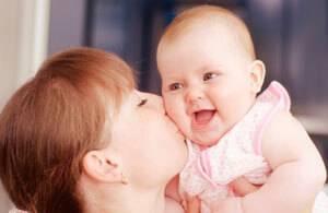 Сильная аллергия на ногах и попе у ребенка