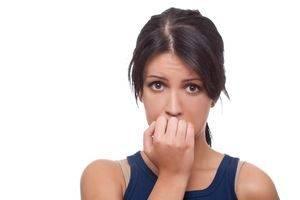 Красные шелушащиеся пятна вследствие эмоционального напряжения