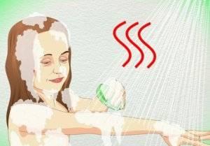 Теплая ванна, как способ оттереть клей с кожи