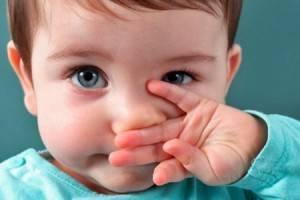 Как проявляется аллергия на порошок у малышей