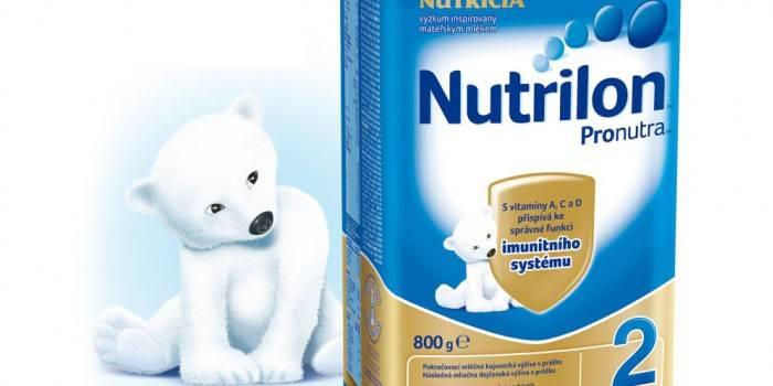 Сухая молочная смесь Нутрилон 2 в пачке